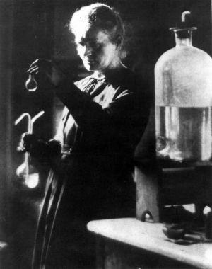 Marie Curie, probablemente en su foto más difundida